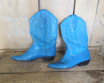 Vintage Turquoise leather cowgirl Boots Women 7 US
