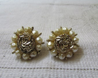 Vintage faux  pearl flowers 60's  clip on earrings prom, wedding bridal