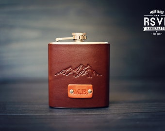 Custom Leather Flask, Handmade personalized gift for your boyfriend Groomsman, husband, best man. Mountains, wanderlust, Pick Initials, text