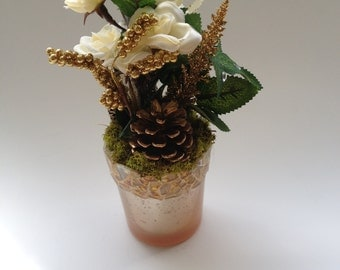 A Touch of Mosaic Mini Pinecone Floral - 955 - Another Way to Say I Love You