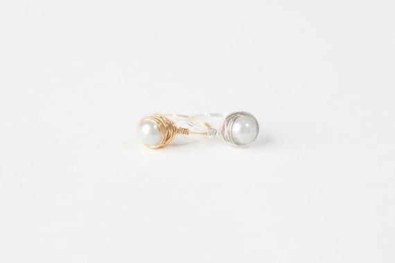 White Pearl Ring-White Pearl Wire Ring-White Pearl Silver Wire Ring-White Pearl Gold Wire Ring-Wire Jewelry-Silver Wire Ring-Gold Wire Ring