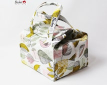Bento Box Reusable, Insulated Lunch Bag, BPA Free, Food Friendly, New waterproof lining, Framework Golden/Art Galley Fabrics, leaves