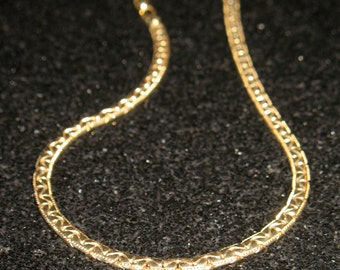 Vintage Trifari C Link Gold Tone Chain Choker Necklace 14.5 inch