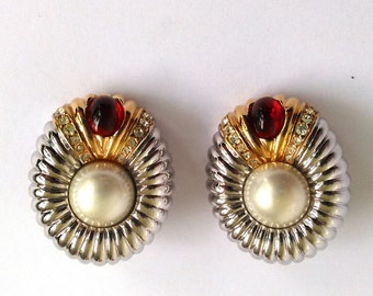 Singed Ciner Faux Pearl Red Cabochon Two Tone Rhinestone Clip On Earrings. Chunky Rhinestone Ribbed Silver and Gold Designer Earrings