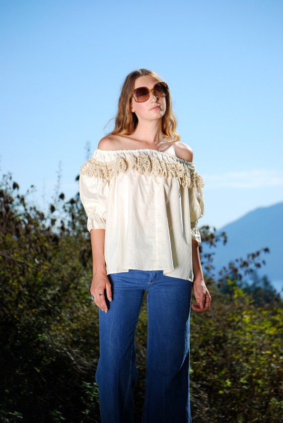 70s Blouse Boho Crochet Hippie Peasant Top Vintage Long Sleeved Blouse
