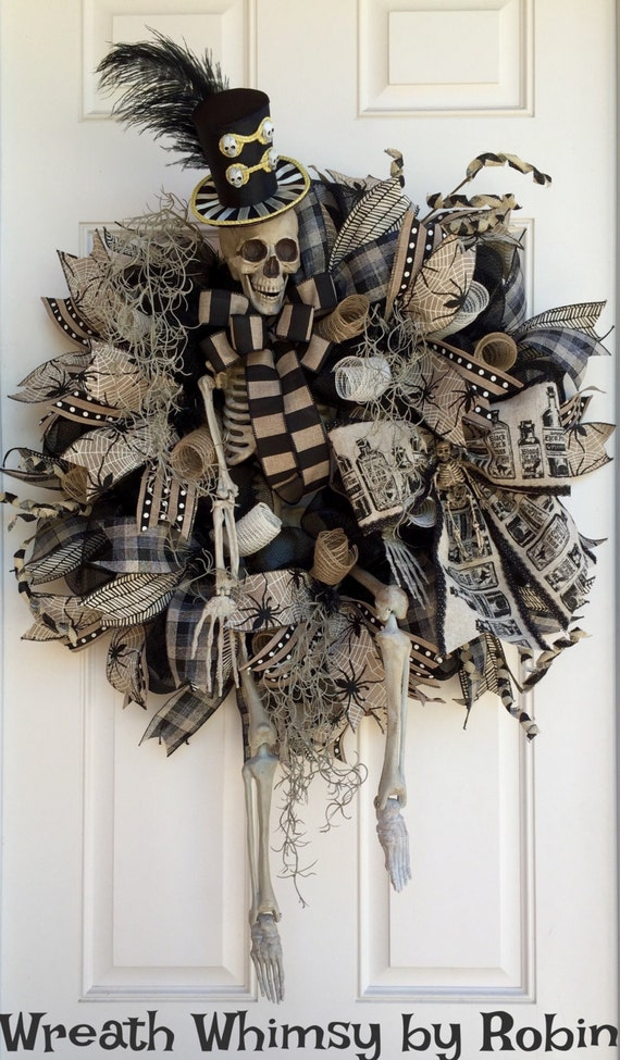 Xl Halloween Skeleton Deco Mesh Wreath In Tan Amp Black Front