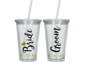 Bride and Groom Tumblers, Wedding Gift, Engagement Gift, Mr and Mrs, Personalized Tumblers