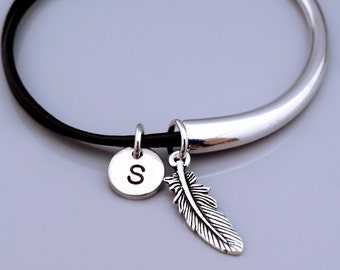 Feather bangle, Feather bracelet, Small Feather charm jewelry, Leather bracelet, Leather bangle, Personalized bracelet