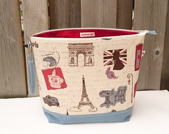 Knitting Project Bag in London / France print Linen, Zipper Knitting Bag, Project Bag, Sweater size Knitting Bag, Wedge Knitting Tote