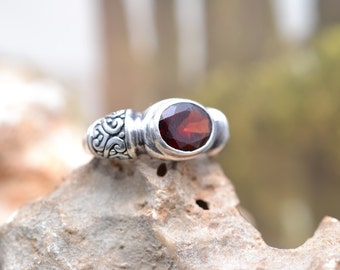 Wide Sterling Silver and Garnet Heavy Oval Filigree Ring
