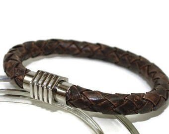 Leather bracelet - mens bracelet - braided bracelet - mens leather bracelet - bolo bracelet - brown leather - stainless  magnetic clasp