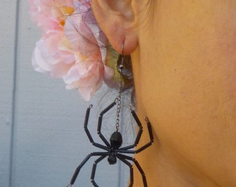 Black Widow Spider Earrings Beaded Spider Halloween Witch Goth Jewelry Creepy Crawly