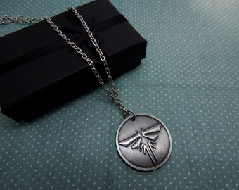 The last of us necklace - free shipping - game Joel ellie jewelry gift chain pendant