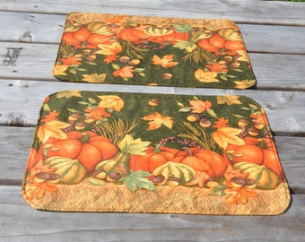 Autumn Dining, Thanksgiving, Fall Themed Handmade Reversible Placemats. Set of 2. Fall colors to brighten your table. Gift under 20 dollar.
