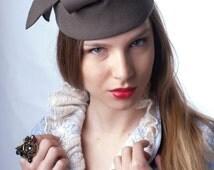 FREE SHIPPING! Elegant felt pillbox,  Khaki green pillbox, Kate pillbox hat, green felt hat, 20's hat, Great Gatsby's hat, coctail hat