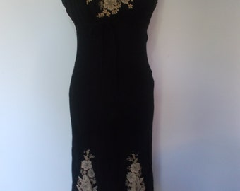 Vintage dress 90s Black evening dress with gold floral lace pattern by Wallis size medium
