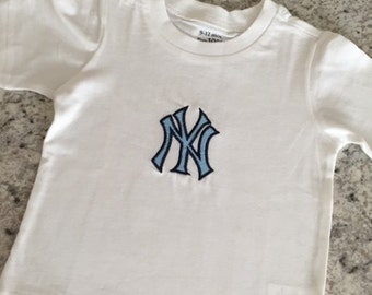 New York Yankees T Shirt, Toddler and Childrens sizes!