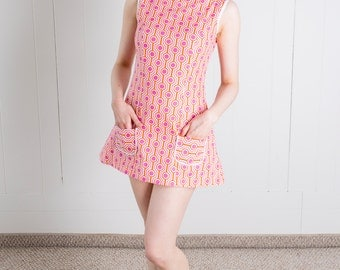Sixties Inspired Geometric Go Go Tunic Top/Mini Dress! Pink/Orange/White - L - 1960s