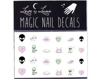Alien Nail Decals / Kawaii Nail Decals / Nail Decals / Nail Wraps / Cute Nail Decal / Trippy Nail Decal / 90s Nail Decal / Nail Art