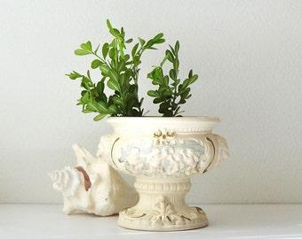vintage romantic cherub ceramic porcelain urn vase planter decor romatic decor