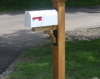 Newberry Cedar Mailbox Post