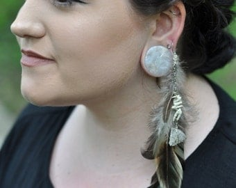 Single Feather Dangle Earring