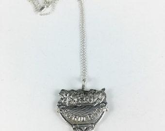 Puerto Rico Gift, Vintage Puerto Rico, Puerto Rico Necklace, Puerto Rico Charm, Puerto Rico Jewelry, Fiji Pendant, Fiji Souvenir, Wife Gift