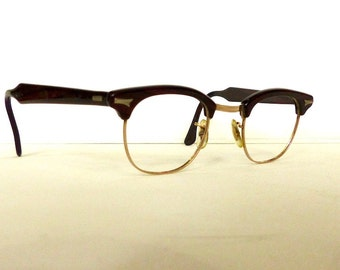 Titmus Cats Eye Horn Rimmed Eyeglasses Unisex Vintage 1950's/1960's Reddish Brown with Black Without Lenses #M34