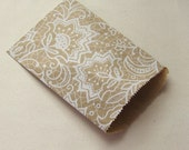 50 4x6 White Lace Printed Kraft Bags, Small Flat Paper Bags - 4 3/4 x 6 3/4 inch actual size