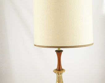 A 'Navis & Smith Co.' Lamp From the '60s - Teak and Ceramic - Mid Century Modern - Danish Modern - MCM Look Lamp - Chicago