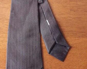 """1960s Beau Brummell Skinny Tie Vintage Brown White 2.25"""""""