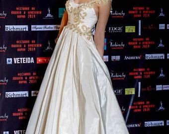 Gypsy wedding dress, Champagne wedding dress, Taffeta wedding dress, Hippie wedding dress, Retro wedding dress, Simple wedding dress, Gown
