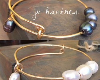 Expandable Fresh water pearl Bangle / QTY 1