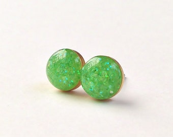 Small Green Stud Earrings, Glitter & Crush Shell Stud Earrings, Simple Sparkly Green Stud Earrings, Hypoallergenic, Resin Jewelry, For Her