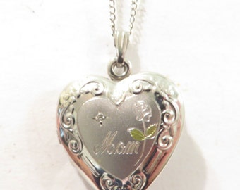 Lovely MOM Double Picture Heart Locket