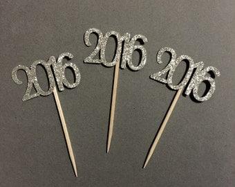 2016 glitter cupcake topper - Class of 2016 / graduation / celebration party decor