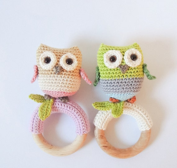 Amigurumi Magische Ring : Crochet pattern rattle / teething ring little owls Amigurumi