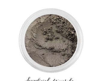 Soft Mink - Eyeshadow // Mineral Eyeshadow // Brown Eyeshadow // Mineral Makeup // Bronze Eyeshadow // Pigment // Organic Makeup