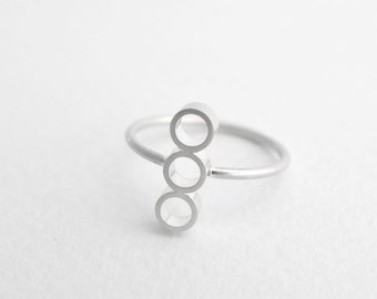 Emele Ring - Silver Ring, Minimalist Ring, Geometric Ring, Unique Ring, Modern Ring, Sterling Ring, Circle Ring, Minimalist Silver Jewelry