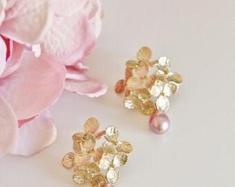 Gold Bridal Earrings Vintage Dusty Pink Hydrangea Flower Earrings Rose Pink Pearl Earrings Romantic Wedding Gift Large Statement Earrings