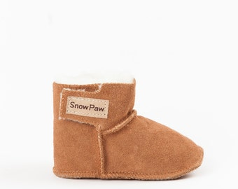 Chestnut sheepskin baby booties