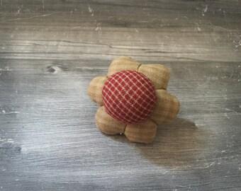 Pincushion ring