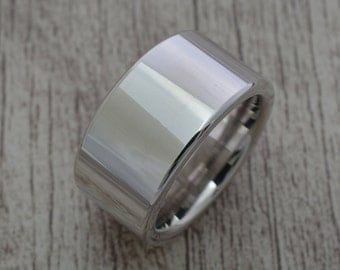 Band ring (width of 12 mm, 2.8 mm thickness)