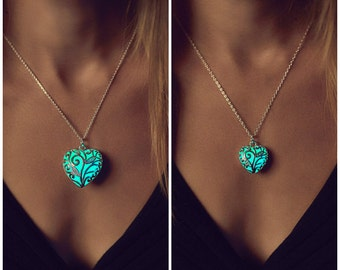 Matching Mommy Daughter - Mother Daughter - Twinning - Gift Daughter - Mommy and Me - Glow in the Dark - Glowing Necklaces - Kids - Mom
