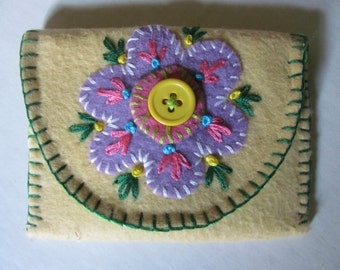 Hand Embroidered/Felt Applique Gift card Wallet, Coin PurseTrinket Exact Change Holder
