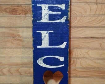 "Large Reclaimed Wood ""Welcome"" Sign"