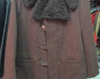 Giaccone di fustagno marrone anni 70 con collo di finto pelo/ Fustian jacket with faux fur collar/1970