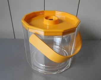 Vintage 1980s GUZZINI Zodiaco Yellow Lucite Plastic Ice Bucket. Italian Design. Made in Italy. Retro Mod Modern Minimal 80s Barware Kitchen