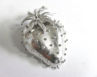 Vintage Strawberry Brooch Large 3D Signed D Scarf Accessory Bag Adornment