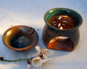 Oil burner. oil diffuser. candle burner. candle holder. ceramic and pottery .hostess gift. gift idea for girlfriend. aromatherapy oil. boho.